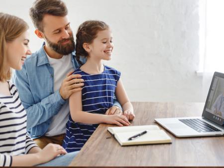 Çocuk ve Gençlerle Online Terapide Ailenin Desteği ve Terapiye Dâhil Oluşu