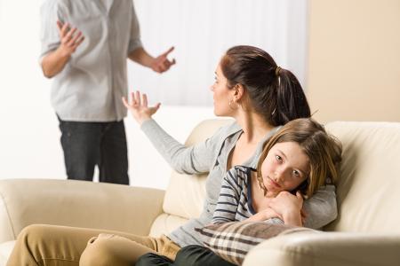 Ev İçi Şiddetin Çocuk ve Ergenler Üzerindeki Etkileri